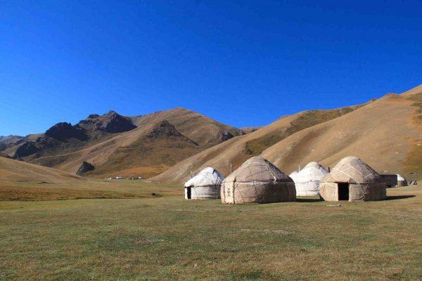 Putovanje-Kirgistan-Planinski-kristal-Centralne-Azije (15)