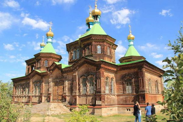 Putovanje-Kirgistan-Planinski-kristal-Centralne-Azije (7)