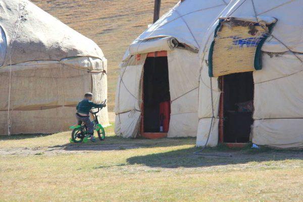 Putovanje-Kirgistan-Putevima-divljine (1)