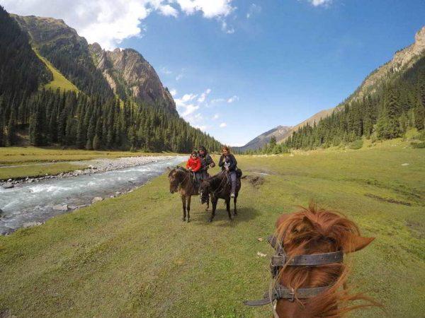 Putovanje-Kirgistan-Putevima-divljine (11)