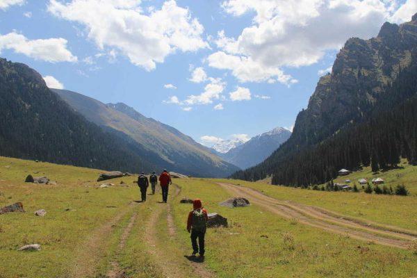 Putovanje-Kirgistan-Putevima-divljine (6)