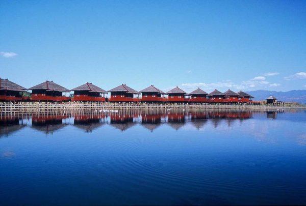 Putovanje-Mijanmar-Zemlja-redovnika-i-zlatnih-pagoda (1)