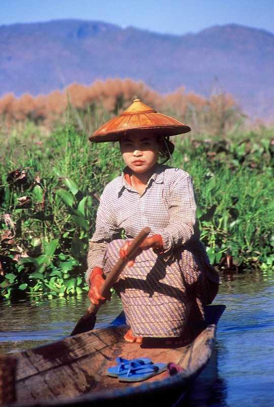 Putovanje-Mijanmar-Zemlja-redovnika-i-zlatnih-pagoda (2)