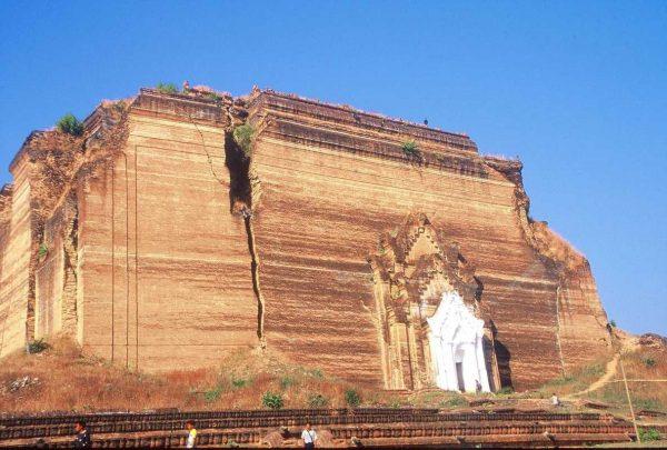 Putovanje-Mijanmar-Zemlja-redovnika-i-zlatnih-pagoda (7)