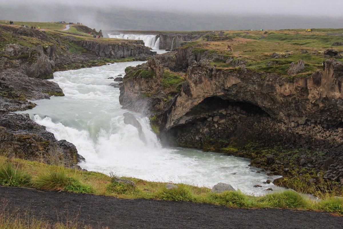 Goðafoss Waterfall-Island - Potraga za polarnom svjetlosti-1